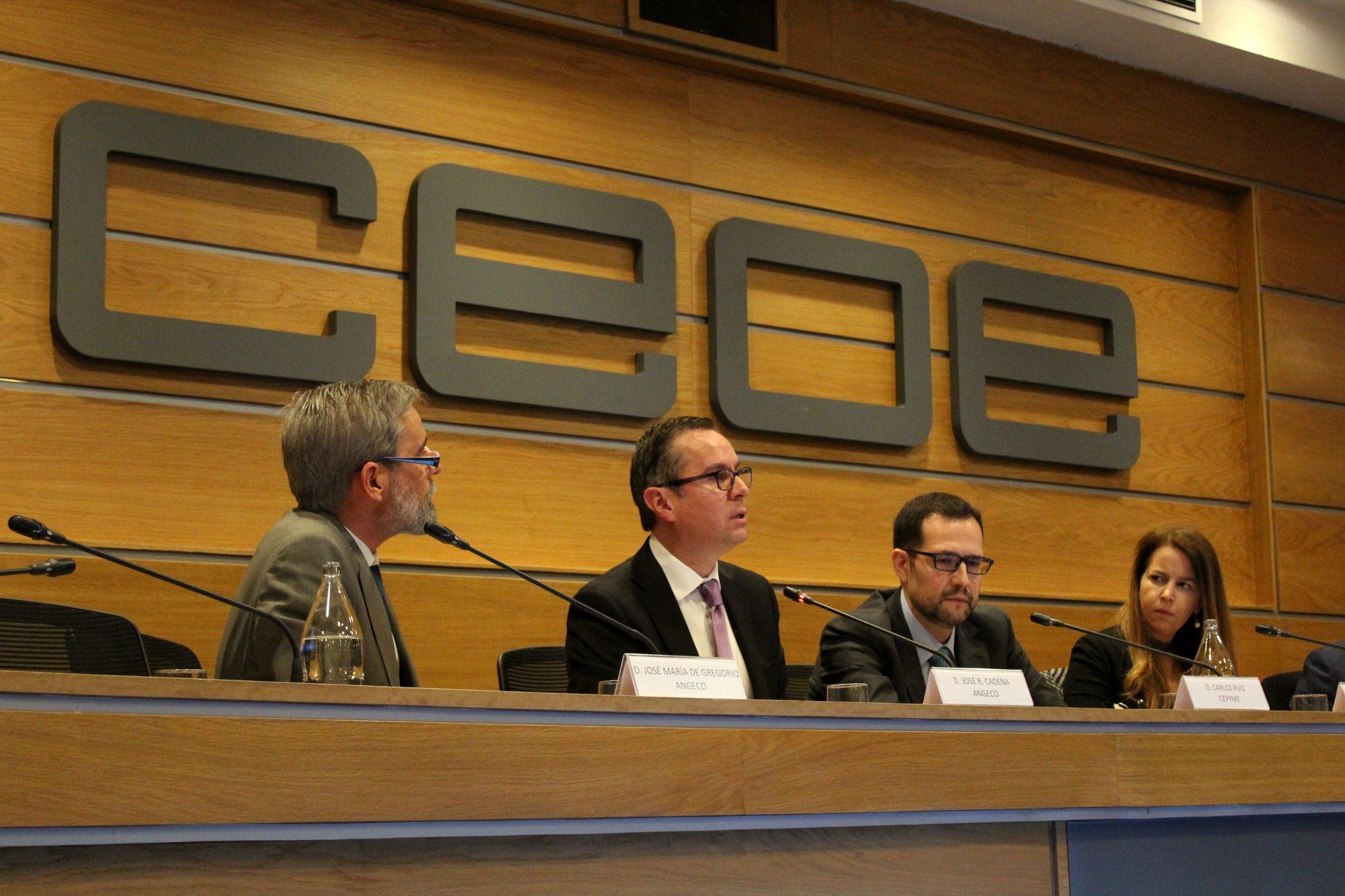"""Mas de 60 en el inicio del Ciclo de Jornadas ANGECO 2018 con CEOE y CEPYME: """"La gestión de deudas impagadas: necesidad económica y seguridad profesional"""""""